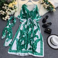 2019 Banana Leaf Green Loose Plus Size Maxi Dress Women's Drawstring Lace V neck Chiffon Dress Bat Sleeve Runway Dress Summer