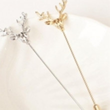New Fashion Simple Deer Head Brooch Pins For Women Men Suit Animal Collar Pin Fine Jewelry