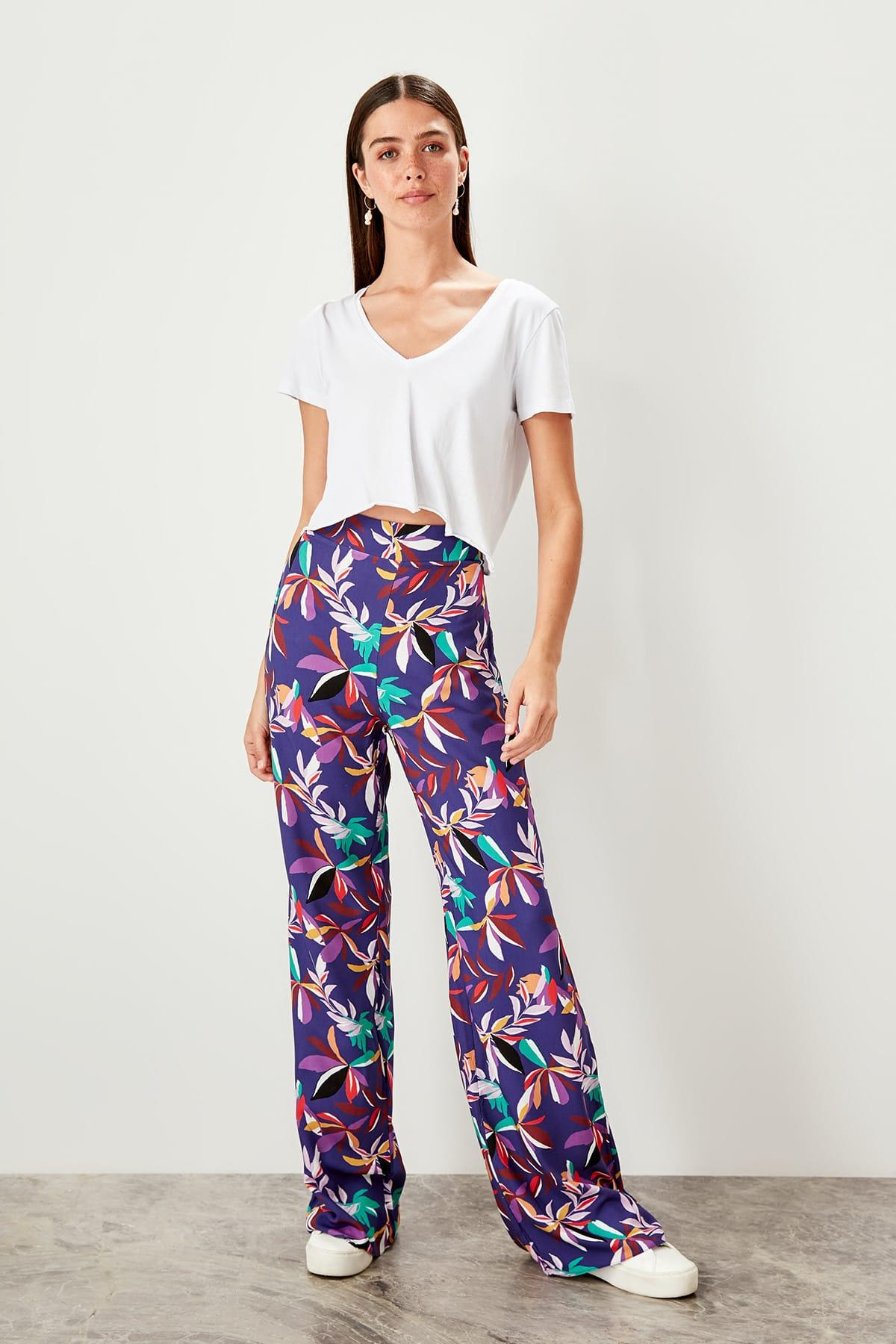 Trendyol Multicolour Pattern Wide Bell-Bottomed Pants TWOSS19PL0101