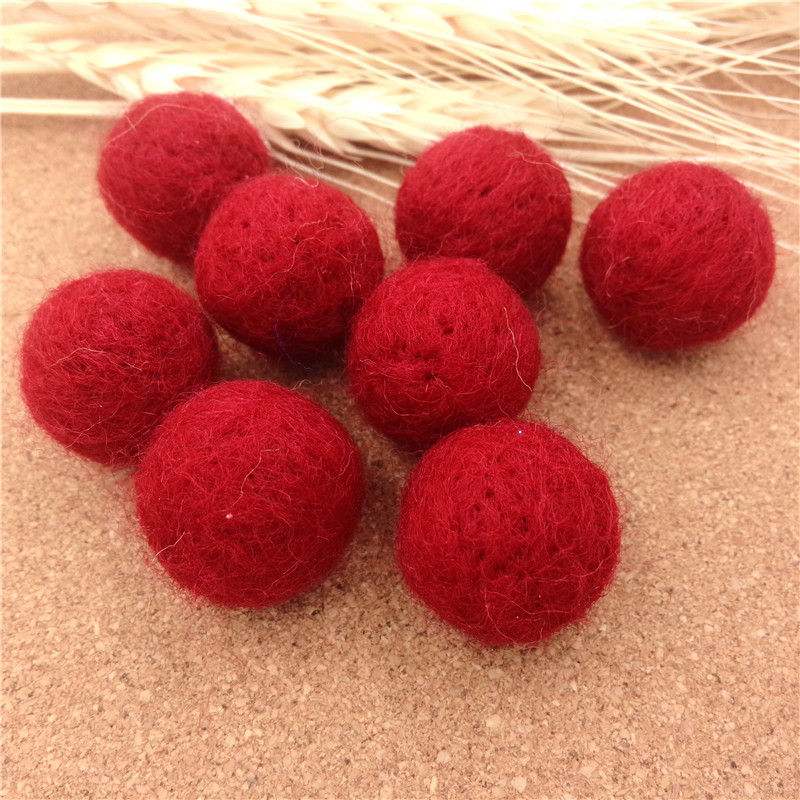High Quality 200PCS 20MM Red Wool Felt Ball Handmade DIY Jewelry Decoration Ball Woven Beads without