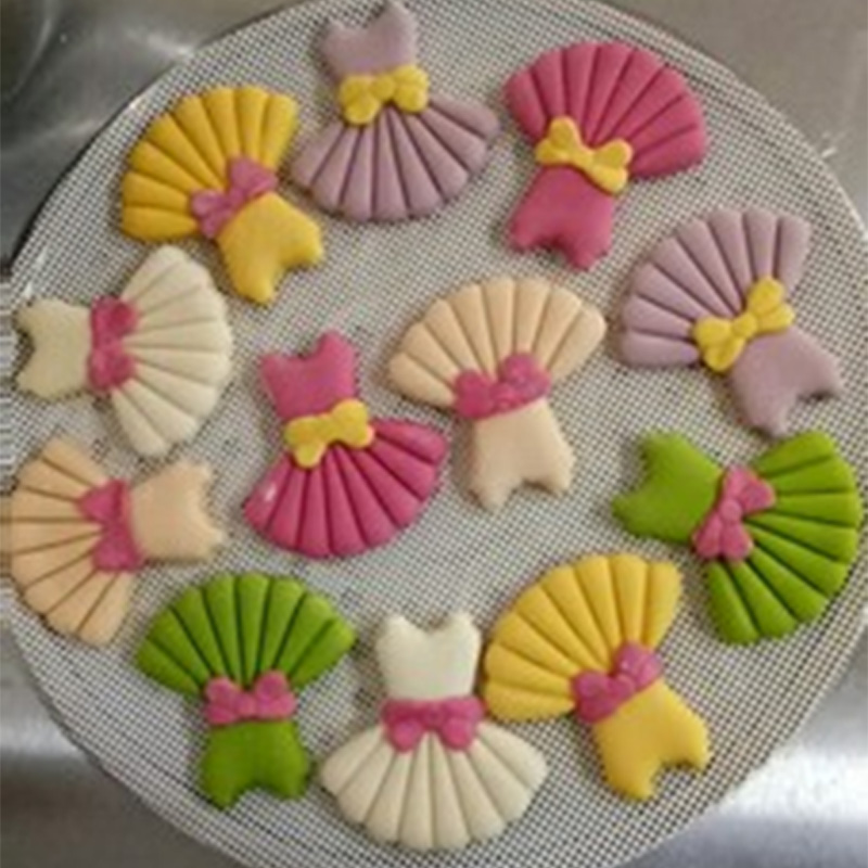 Cute Girl Dress Cookie Cutter Custom Made 3D Printed Fondant Cupcake Top Moulds set Cake Decorating Tools with Bow Accessories