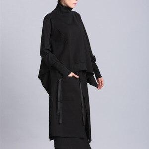 Image 5 - [EAM] coupe ample noir asymétrique surdimensionné sweat nouveau col roulé manches longues femmes grande taille mode marée printemps 2020 OA869
