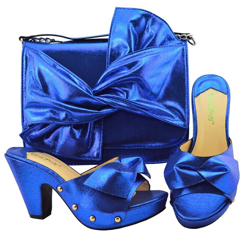 Ensemble Nouvelle Arc Bleu Chaussures Sac Papillon Italien 7 Grand Royal Sb8210 Et Avec Embrayages Dame Pantoufles HIYD2WE9