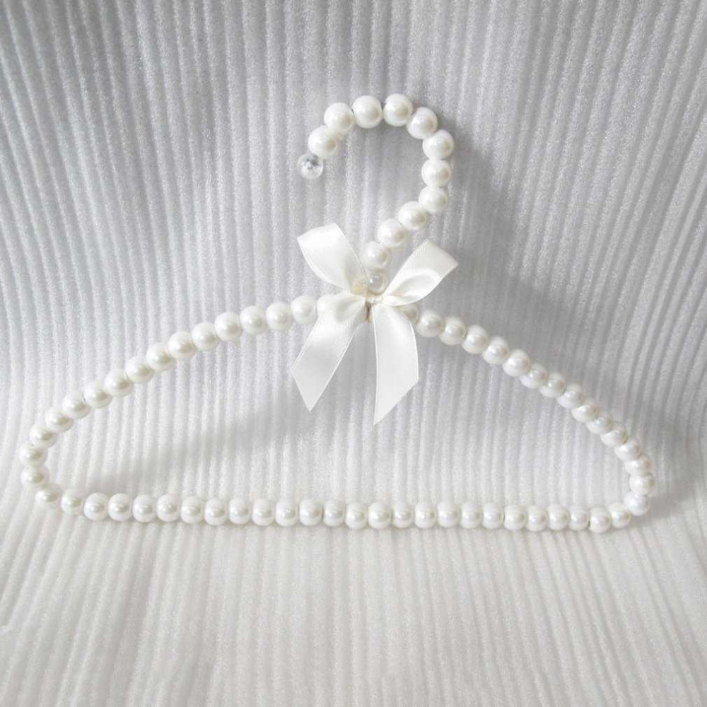 2018 Plastic Pearl Curved Bow Hanger Bow Tie Decoration Childrens Clothes Rack Clothes Hanger Bead Hanger for Baby Kid