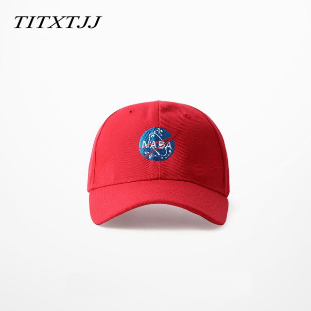 N A S Um espaço Dad Moda Cap hip hop Americano HEYBIG 6 painéis bonés de beisebol 2016 quente Caixa chapéu de Aba Curva embalagem