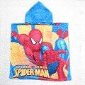 Venta al por menor 2015 nuevos niños Spiderman túnicas de dibujos animados albornoces kids Spider Man toalla de baño de la playa del bebé desgaste 1 unids