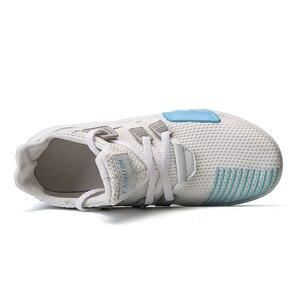 Image 4 - 女性加硫靴高級 Chaussures ファム通気性スニーカーカジュアルフラット女性トレーナーレディース新デザイナーホット販売