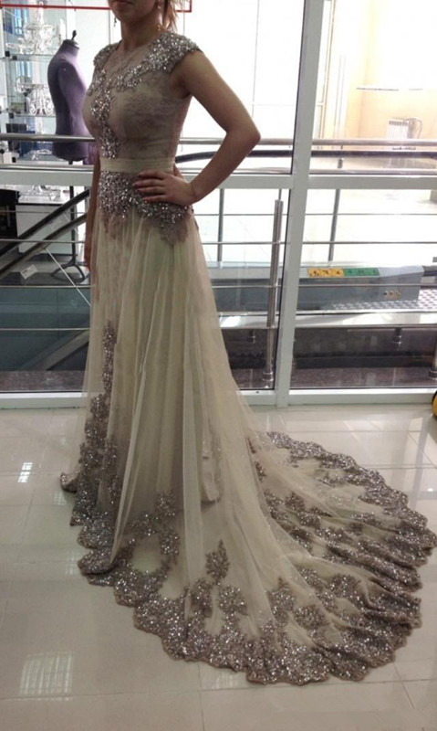 Elegant Muslim Evening Dresses 2019 A-line Cap Sleeves Tulle Lace Beaded Islamic Dubai Saudi Arabic Long Evening Gown Prom Dress