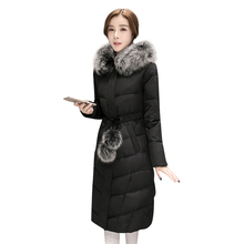 Мода 2017 г. Длинные зимняя куртка женские тонкие твердые капюшоном меховой воротник Женская Длинная Куртка теплое пальто Дамы парка