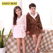 efc29325f3ca7 Enfants Flanelle Pyjamas Bande Dessinée Peignoirs Enfants Automne Hiver  Pyjamas Garçons Filles Chaud Peignoirs De Bain Bébé Cora.