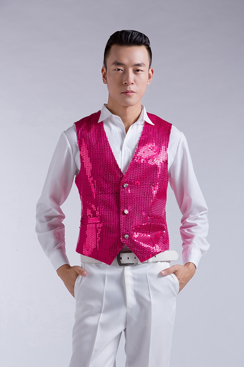 Chorus singing and dancing men show shiny piece of ma3 jia3 mei red blue black white and yellow gold and silver powder vest vest