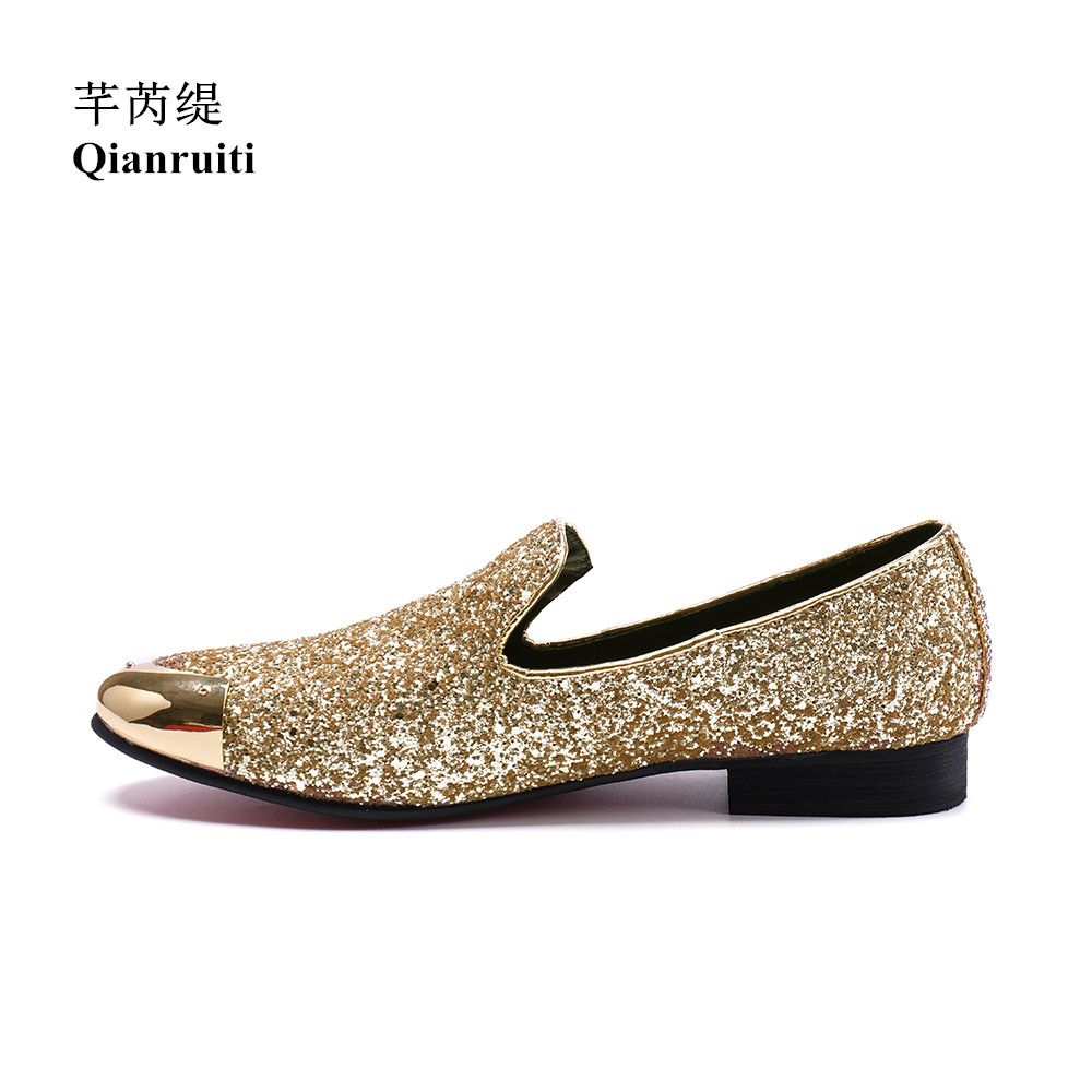 Qianruiti Men Sequins Shoes Slip-on Loafers Gold Metal Toe Men Casual Shoes EU39-EU46 Gold and Silver qianruiti men alligator gold loafers metal toe business wedding oxfords high quality lace up slippers men dress shoe eu39 eu46