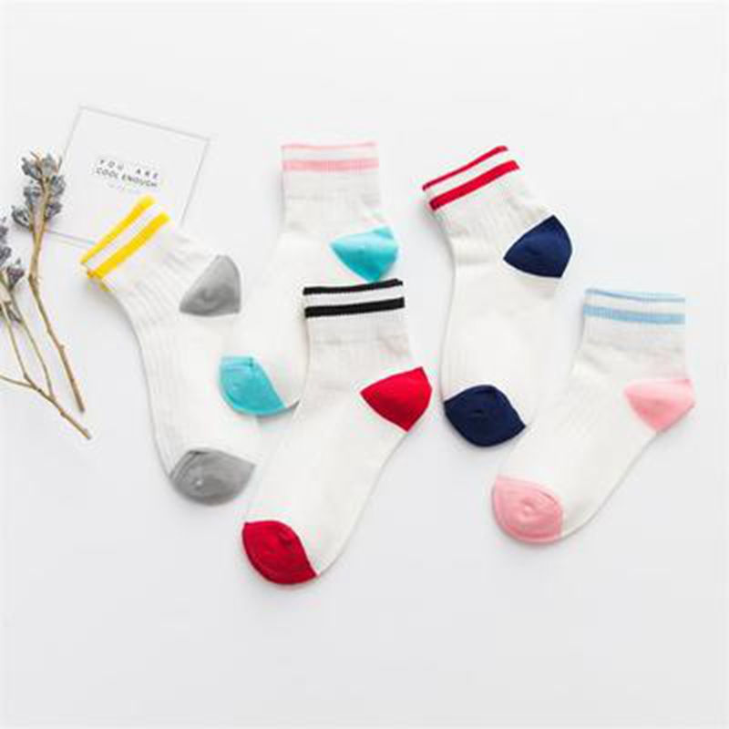 Hot Sale Fashion Girls Preppy Chic Spring Summer Letters Flanging Welt Students Patchwork Rainbow Color Socks 5 Pairs 2018 New