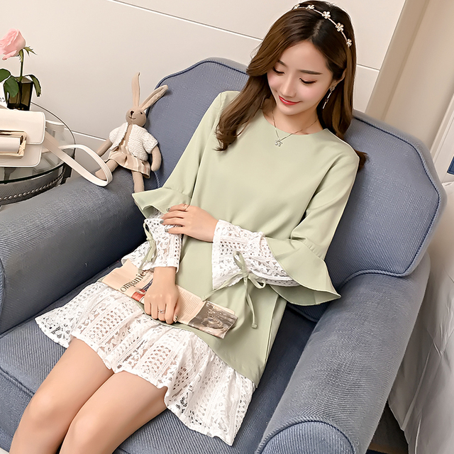 7102# Sweet Lace Patchwork Ruffle Sleeve Maternity Shirts 2018 Autumn Korean Fashion Clothes for Pregnant Women Pregnancy Tops 2