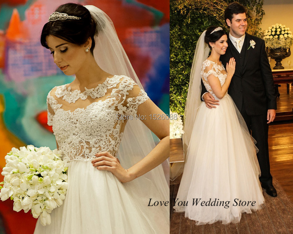 A Line Wedding Gown With Sleeves: Romantic Dreamy 2015 Wedding Dresses Lace Short Sleeve