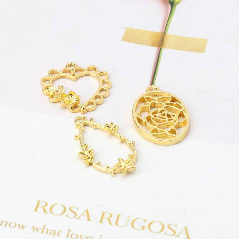 3Pcs Metal Frame Charm Pendant Gold Bezel Hollow Flower Decor Photo Frame Pendants Bezel Setting Resin DIY Jewelry Making