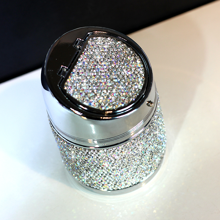 Luxury-Crystal-Diamond-Car-Ashtray-with-LED-Light-Cigarette-Smoke-Cup-Holder-Storage-Travel-Remover-Auto-Accessories-4