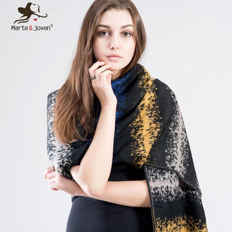 ... Tricoté Châle et Enveloppe pour les Dames Chaud Hiver Écharpe. Click  here to Buy Now!! Femmes D 64f9b4b9647