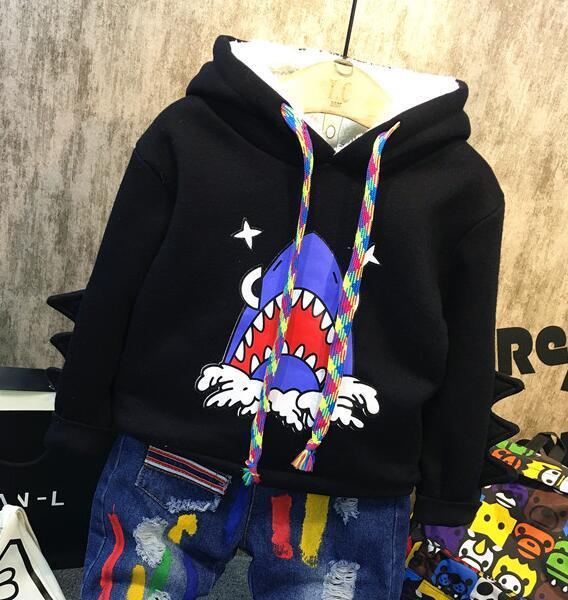 2016 otoño y el Invierno nuevos niños calientes niños Shark impresión ropa plus terciopelo espesar con capucha pullover camisas suéter