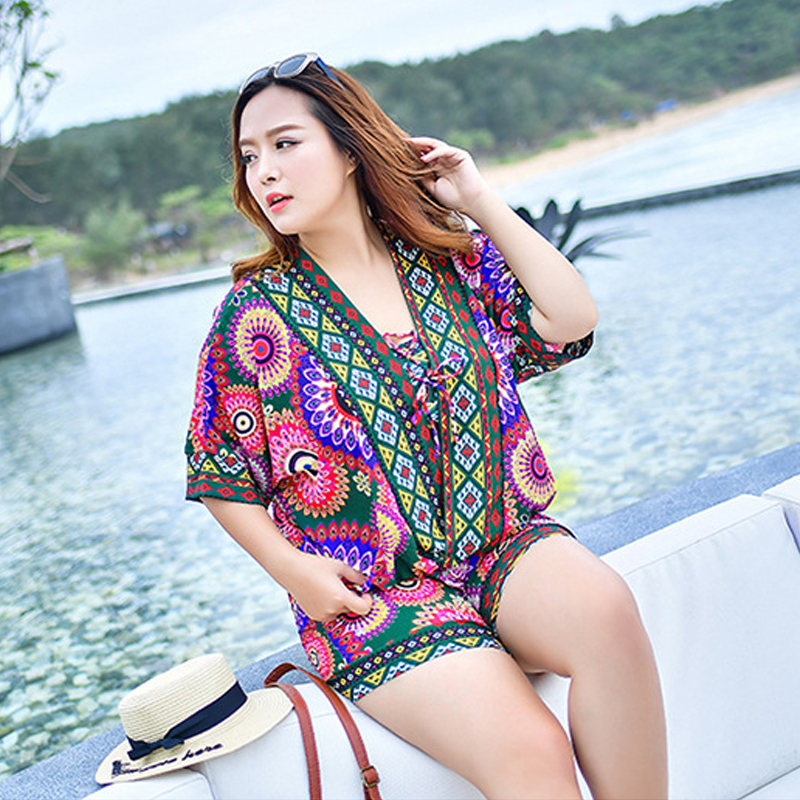 2017 Korean style hot spring large size bikini set four-piece swimsuit fat MM big chest gather high waist flat angle beach resor