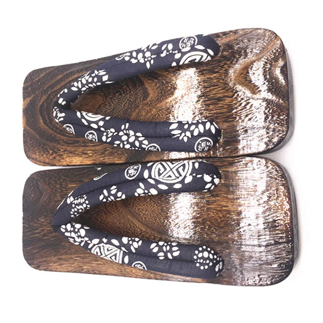 2aa0aa70e3b3a New Summer Fashion Male Platform Shoes Print Wood Men geta sandals Men  China Geta Clogs Classial