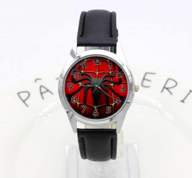 5cb16085ad1 Hot Sale SpiderMan Relógio Relógio Bonito Dos Desenhos Animados Crianças  Relógios de Quartzo de Borracha Homem