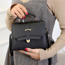 New fashionable simple lady handbag with one shoulder and straddle for leisure in 2019