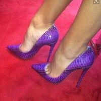 Лидер продаж, пикантные Модные фиолетовые туфли из искусственной кожи с острым носком и змеиным рисунком, женская обувь на тонком каблуке, т