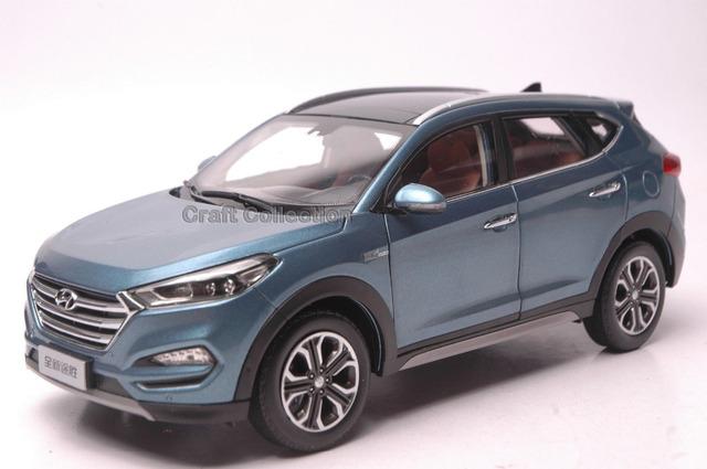Azul 1:18 Hyundai Tucson 2016 Nuevo IX35 SUV Coches Diecast Modelo de Vehículo de Construcción juguetes Clásicos Artesanía En Miniatura