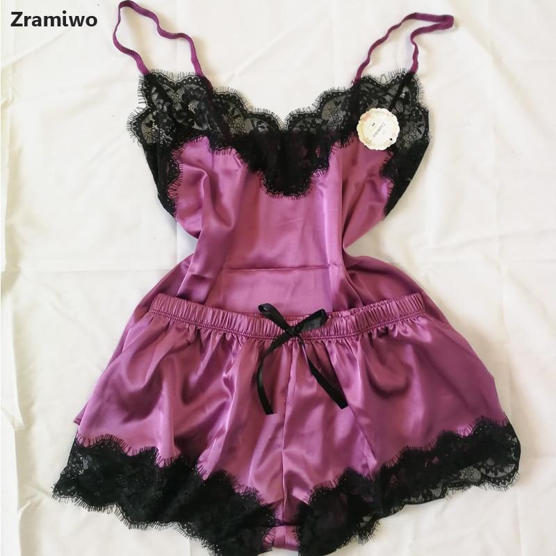 Conjunto das mulheres Sleepwear Pijama De Cetim Sexy Cami Top e Shorts de Renda Preta Com Decote Em V Pijama Sem Mangas Bonito