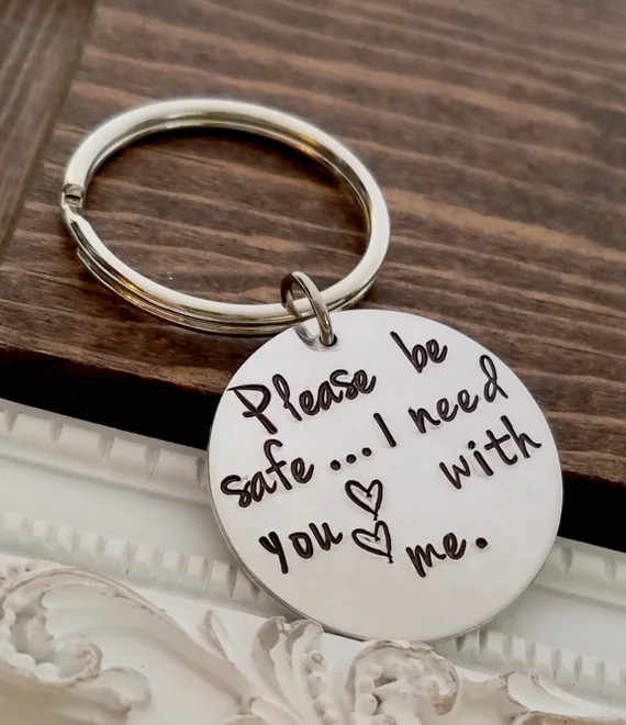 Personality Letter Keychain 2018 Newest Design  Stainless Steel Be Safe Heart Key Ring Jewelry YP3986