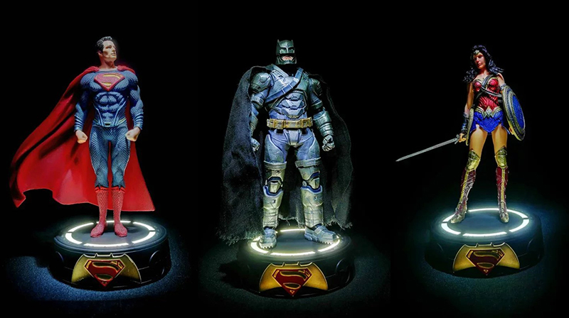 lighting statue Superman Batman Wonder Woman lights Avengers joker harley naruto aliens PVC action Figure Collectible Model Toy neca dc comics batman superman the joker pvc action figure collectible toy 7 18cm