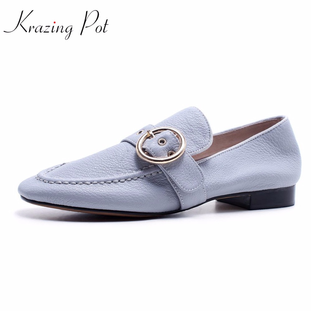 krazing Pot 2018 new sheep skin slip on streetwear glove grandma shoes pumps women thick low heels round buckle rivets shoes L71 krazing pot 2018 new arrival sheep suede thick med heels women hollow decoration pumps buckle poined toe model runway mules l61