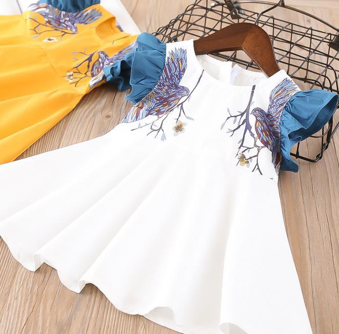 2-7 yıl Toptan 2018 Yeni Yaz Pamuk Baskı Patchwork Fly Kollu Kız Elbiseler Beyaz Sarı 77GD0328
