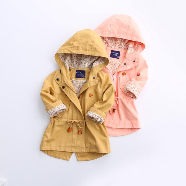 2016 Bebés del Otoño de cola de milano zanja Princesa abrigo con capucha prendas de Vestir Exteriores al por mayor