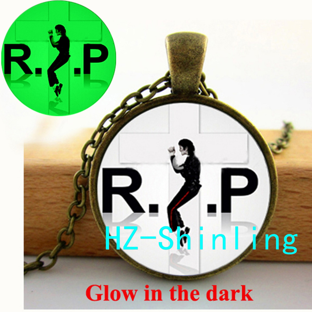 New Fashion Michael Jackson Glow Necklace R P Michael Pendant Jewelry Round Glass Necklace Glowing Necklace Pendant
