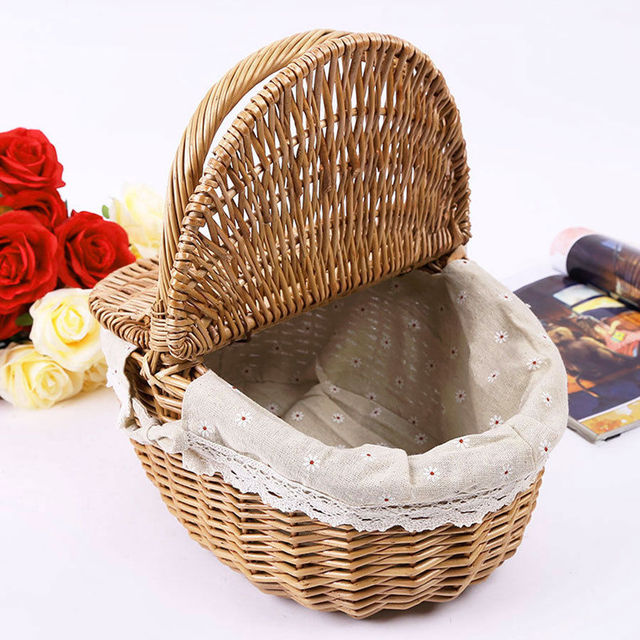 Wicker Willow Picnic White Liner Basket with Lid and Handle