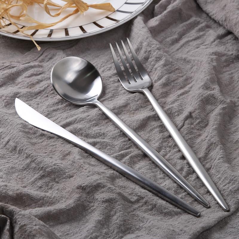 ვერცხლისფერი - სამზარეულო, სასადილო და ბარი - ფოტო 4