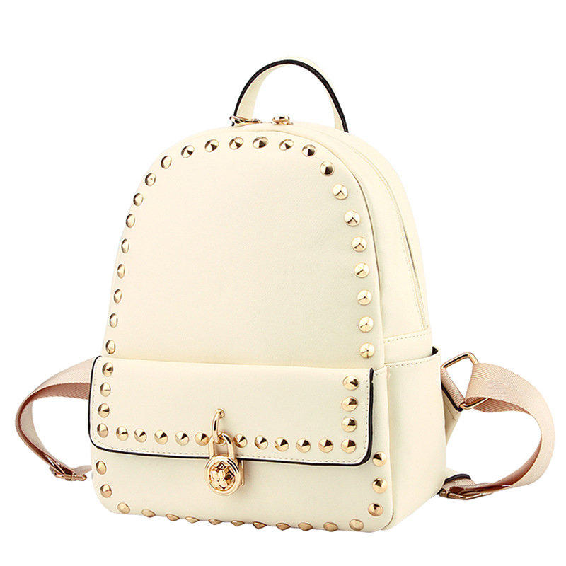 Shoulder Bag 2017 Autumn and Winter New Wave of Women Backpack Rivets Fashion Casual Korean School