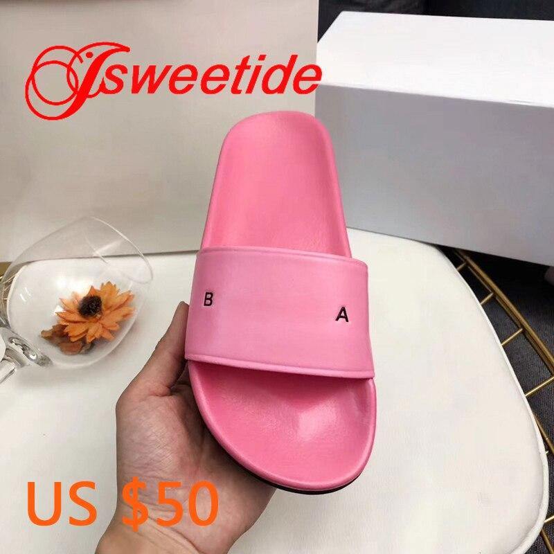Lato kobiety kapcie miękkie skórzane modne pantofle sandały projektant kobieta buty na zewnątrz lub w pomieszczeniach mieszkania kapcie plażowe w Kapcie od Buty na  Grupa 1