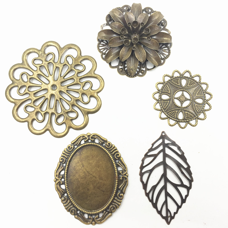 10Pcs Mixed Round Flower Leaf Alloy Filigree Wraps Flower Hollow Connectors Decoration Bag DIY Ornament Findings Charms