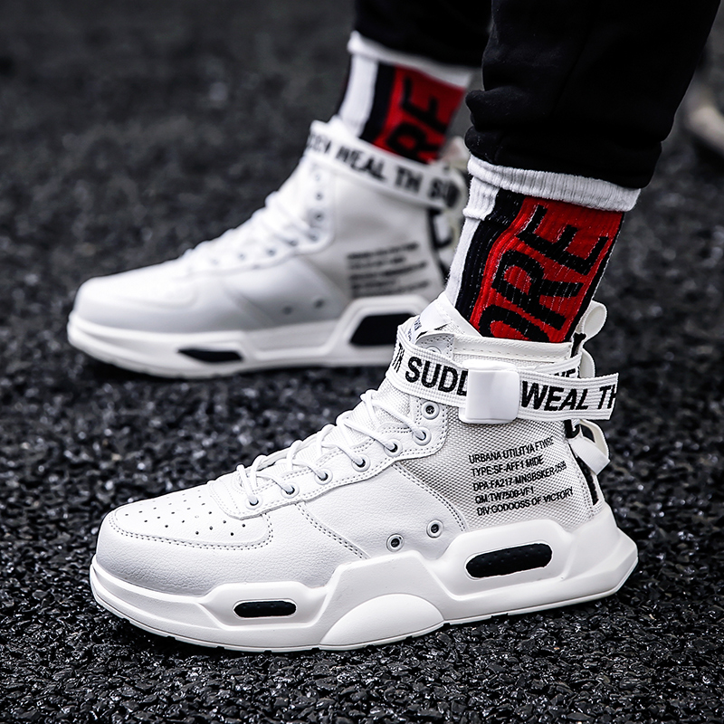2019  Men Sneakers high top Skateboarding Shoes for Men Black/ white Outdoors Walking Sports Shoes Comfortable Size39-452019  Men Sneakers high top Skateboarding Shoes for Men Black/ white Outdoors Walking Sports Shoes Comfortable Size39-45
