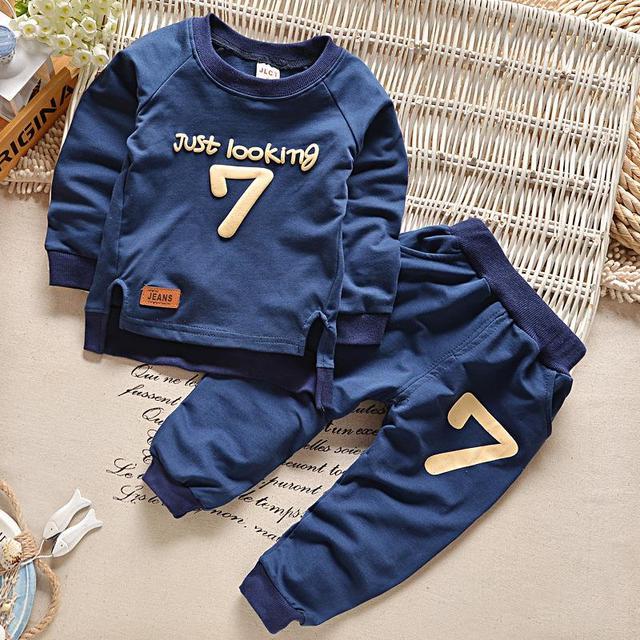 2016 Весной Мальчиков Одежда набор Повседневная Спорт Письма Костюм Младенческая Малышей Девушки Одежда Топ майка + Брюки
