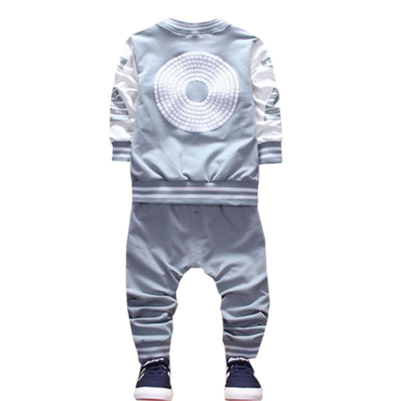 kis gyermek fiú ruhák tavaszi és őszi szezon öltöny új - Gyermekruházat - Fénykép 6