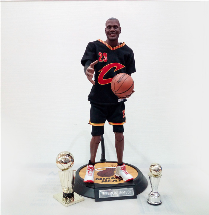 XINDUPLAN LeBron James Cleveland Cavaliers 23 NBA MVP Action Figure Toys 1/6 34cm Large PVC Gift Collect Model 1055 одежда для занятий баскетболом nba cleveland cavaliers irving gold jersey