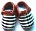 2016 projetos novos listradas bebés meninos sapatos de Bebê de Couro Genuíno Sapatos Mocassins Menina Borla moccs Bebe criança sola macia calçado