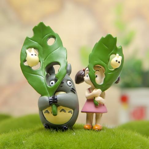 2Pcs/Set Cute Cartoon Large Green Leaf Totoro And Little Girl DIY Micro Landscape Toys Creative Kids Gift 427