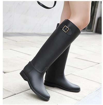 New fashion rain boots female waterproof rain boots non-slip long water shoes Korean models in the tube adult water boots women tube in rubber rain boot women rain boots new flat sen in spring and summer women s water shoes boots fashion waterproof