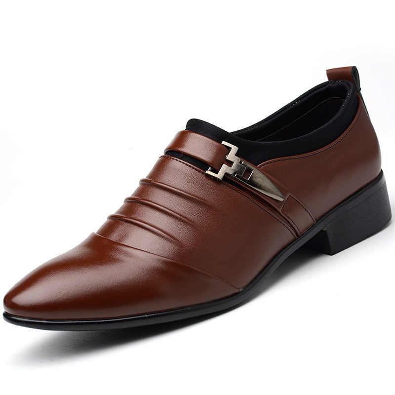 2017 Nieuwe Herfst Schoenen, Business Casual mannen Britse Mode Sharp Enkele Extra Grote Werven