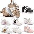 2017 venta Caliente de cuero de La Pu del bebé zapatillas de deporte de diseño de Moda del deporte del bebé zapatos de bebé Recién Nacido zapatos de Muchos estilos para elegir